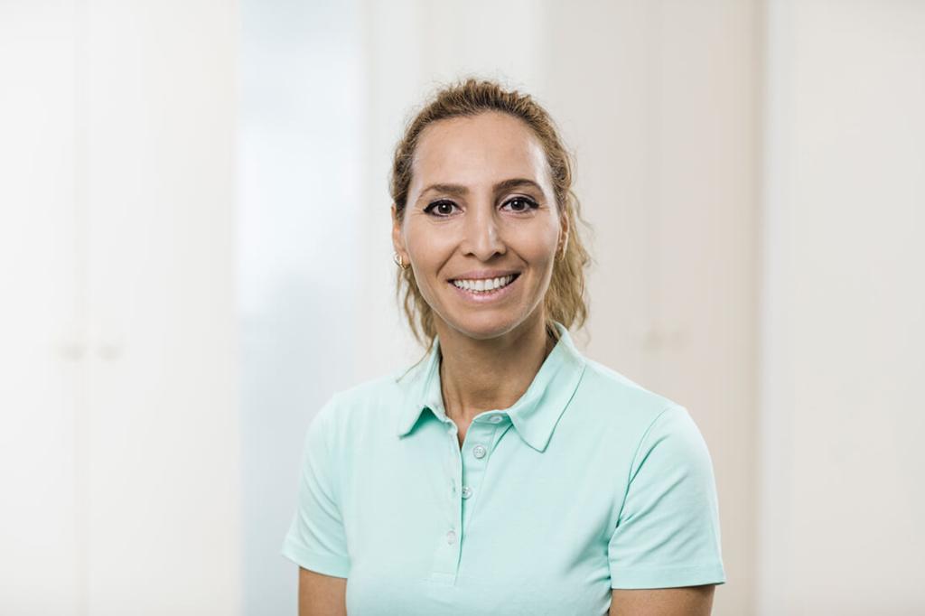 Zahnärzte Lindlar - Genßler, Welzel, Cosler - Team - Nuriye