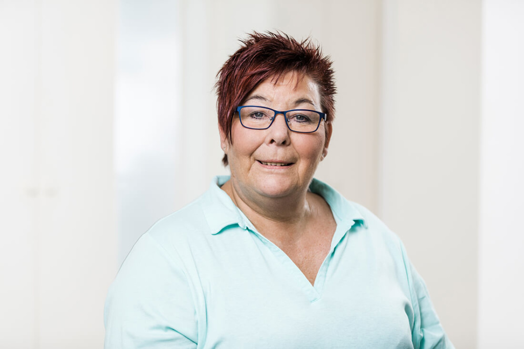 Zahnärzte Lindlar - Genßler, Welzel, Cosler - Team - Sylvia